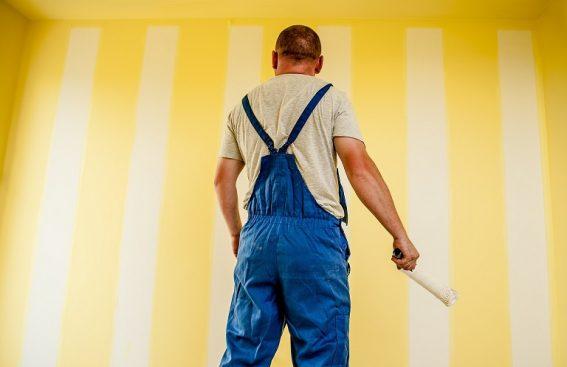 Malowanie ścian cena - artystyczne, natryskowe. Koszt